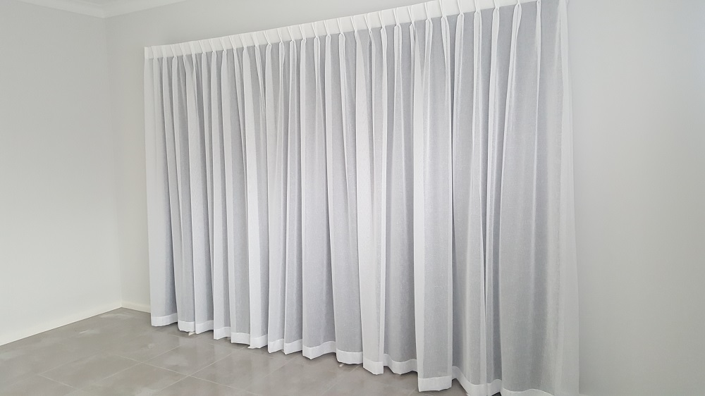 Install-sheer-lining-Curtain-fabrics-barossa-gawler-window