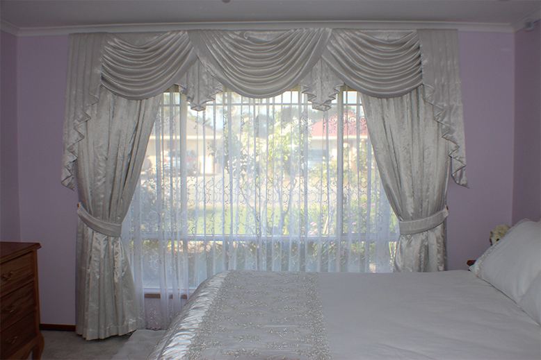 curtains-bedroom-interior-defined-interiors-barossa-gawler-778x519.png