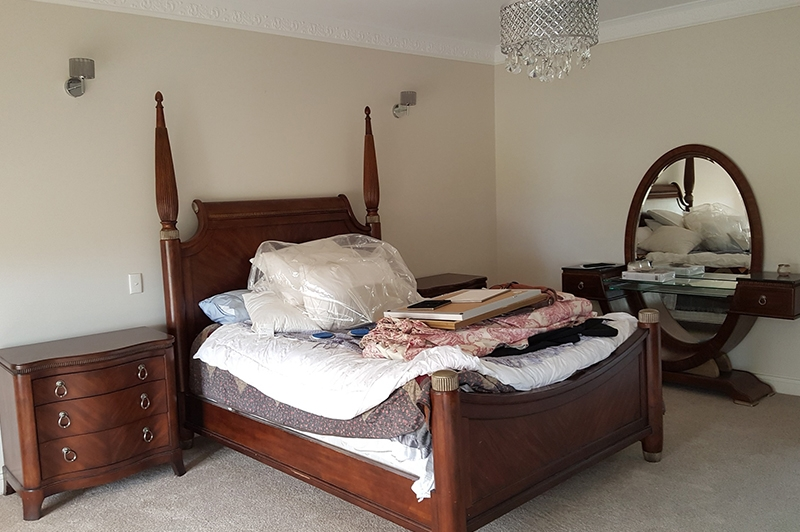 bedroom-before-restyled-property-defined-interiors-barossa.jpg